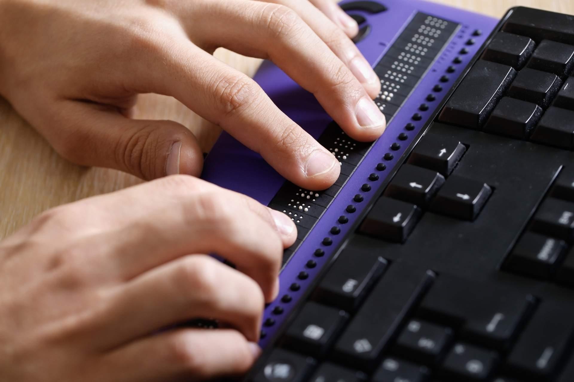 computer screen reader